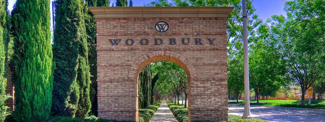 wide woodbury